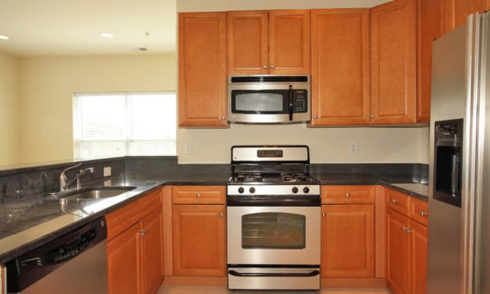 Fully equipped kitchen at Cranford Crossing Apartment Homes in Cranford, NJ