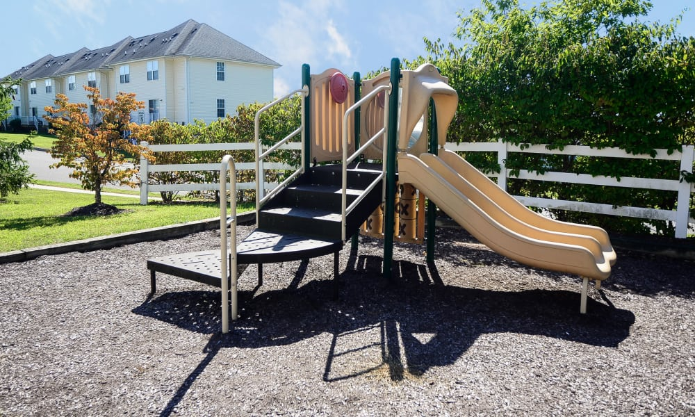 Mews at Annandale Townhomes offers a playground in Annandale, NJ