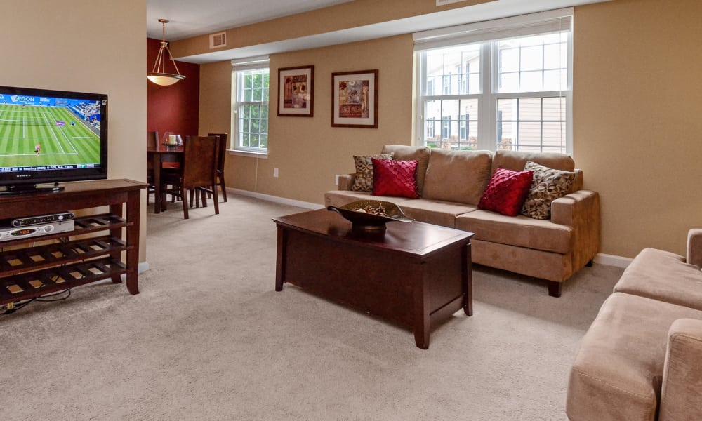 Montgomery Manor Apartments & Townhomes offers a living room in Hatfield, PA