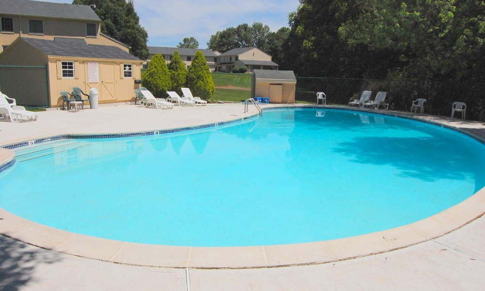 Montgomery Woods Townhomes offers a swimming pool in Harleysville, PA
