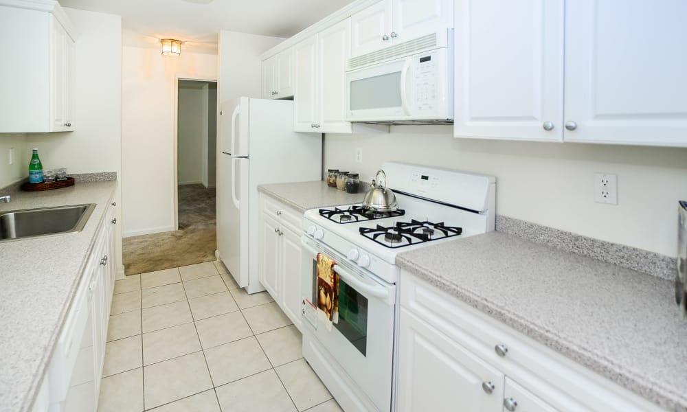 Our apartments in Franklin Lakes, NJ offer a kitchen