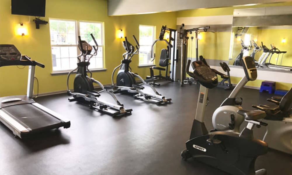 Woodview at Marlton Apartment Homes offers a fitness center in Marlton, NJ