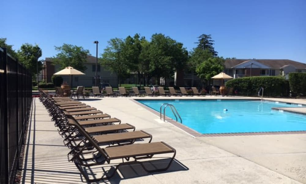 Woodview at Marlton Apartment Homes offers a swimming pool in Marlton, NJ