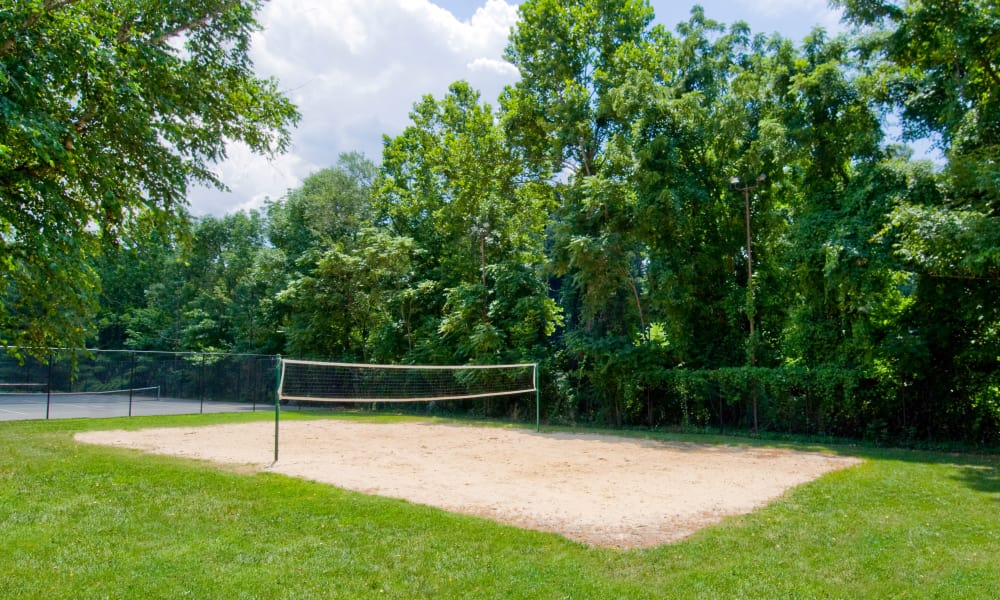 Sand tennis court at apartments in Alexandria, VA