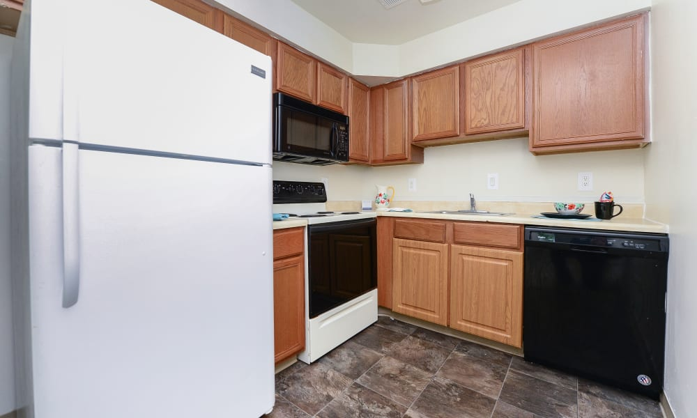 Kitchen at Tory Estates Apartment Homes in Clementon