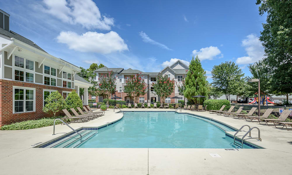 Spacious pool at Heather Park Apartment Homes