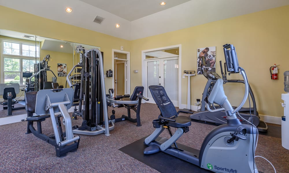 Fitness center at Heather Park Apartment Homes
