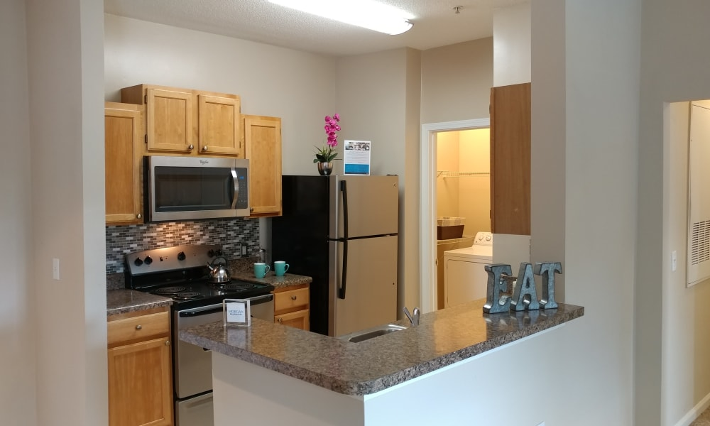 Kitchen at Heather Park Apartment Homes