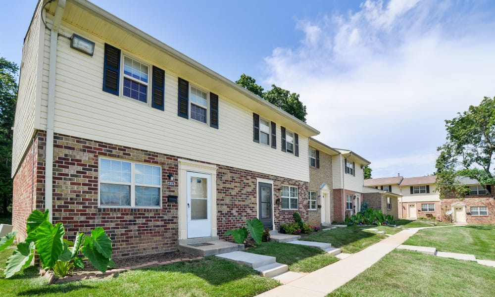 The Village of Chartleytowne Apartment & Townhomes offers a walking paths in Reisterstown, MD