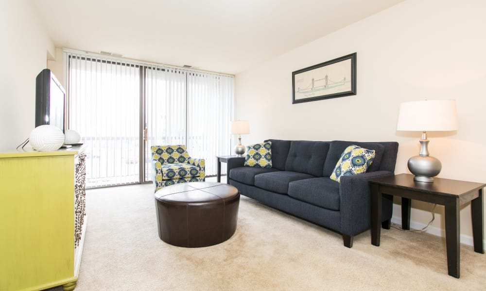 Spacious living room at Chesapeake Glen Apartment Homes in Glen Burnie, MD