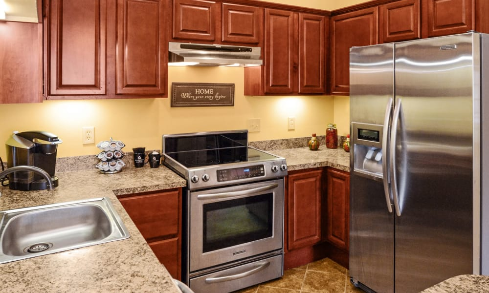 Stainless steel appliances at Montgomery Manor Apartments & Townhomes