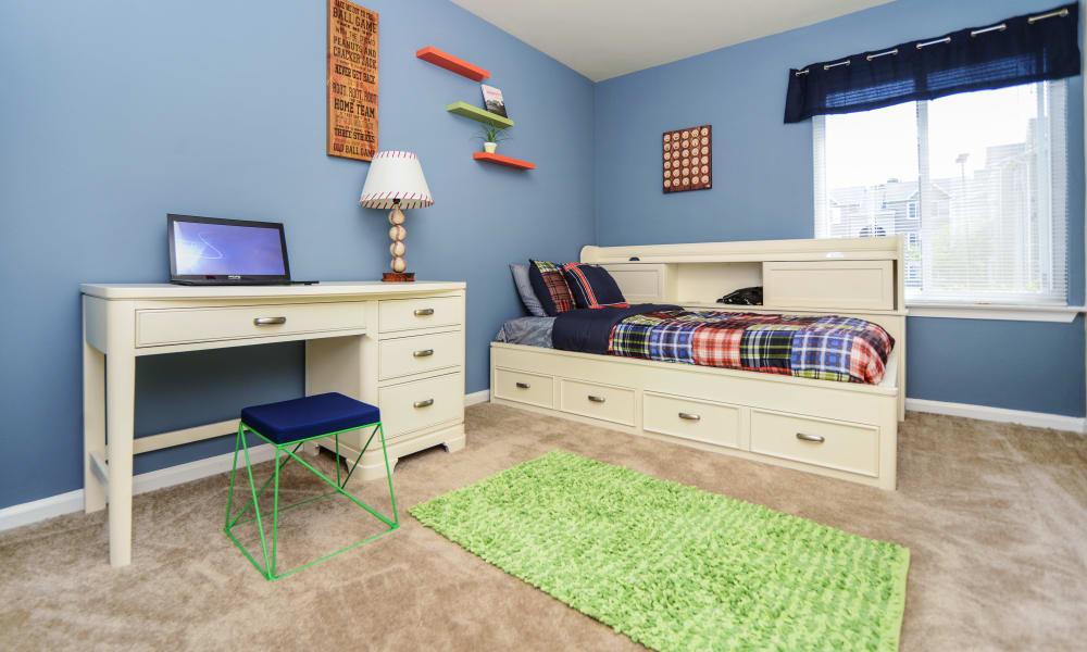 Bedroom at Fox Run Apartments & Townhomes