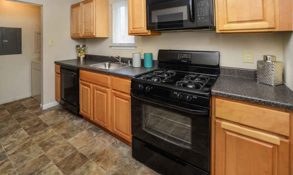 Upgraded kitchen at Fox Run Apartments & Townhomes