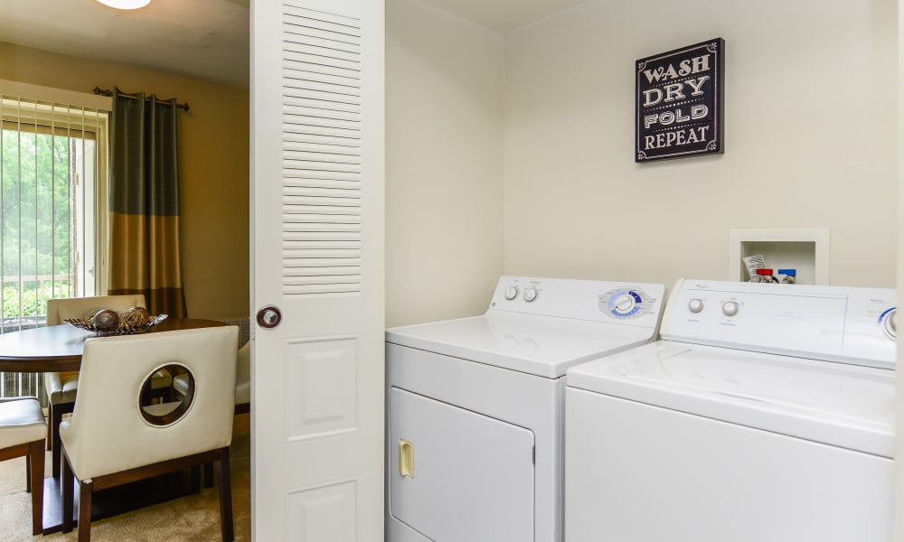 Washer and Dryer at Henry on the Park Apartment Homes