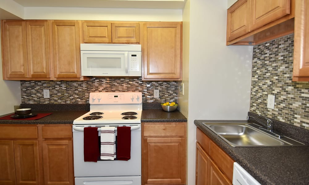Kitchen at Lighthouse at Twin Lakes Apartment Homes in Beltsville, Maryland