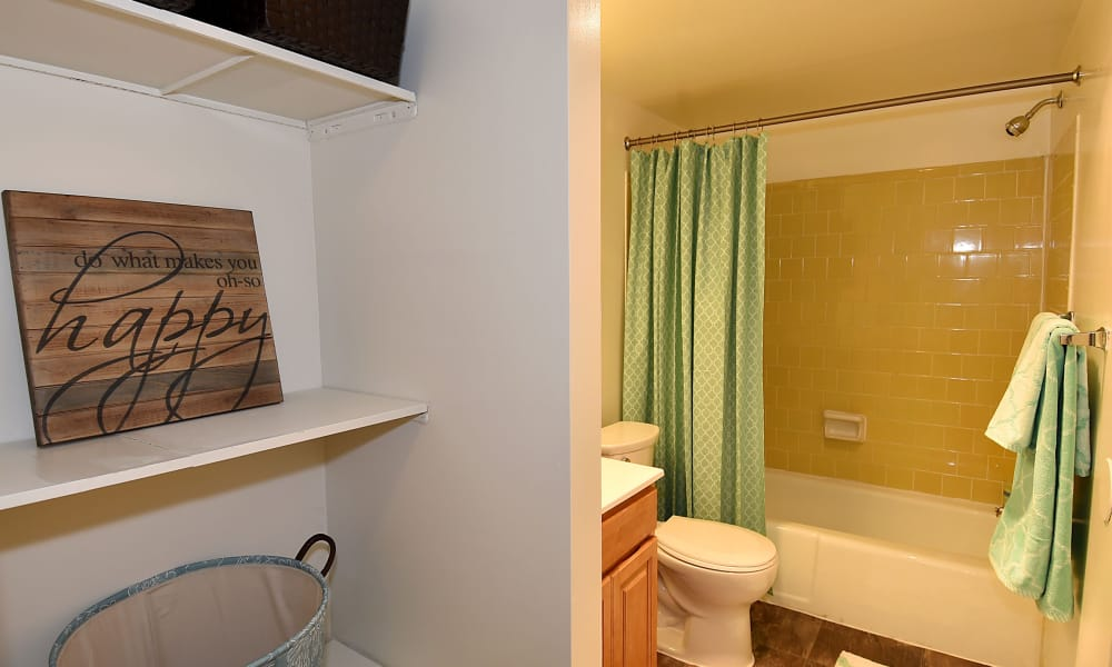 Our apartments in Beltsville, MD offer nice bathrooms