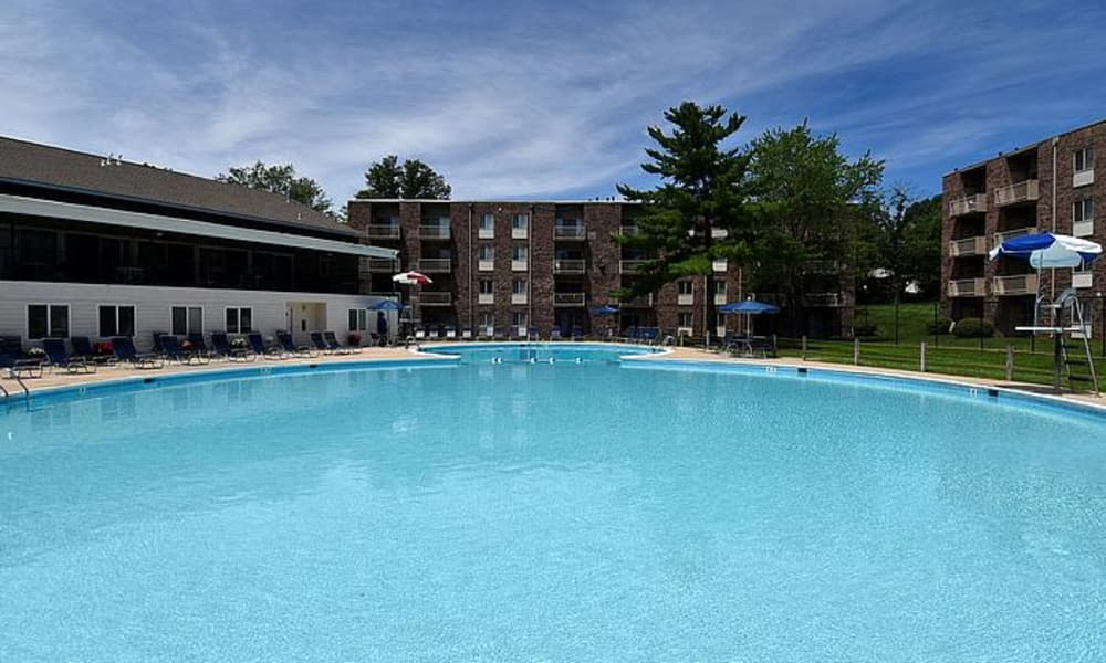 Lighthouse at Twin Lakes Apartment Homes offers a swimming pool in Beltsville, MD