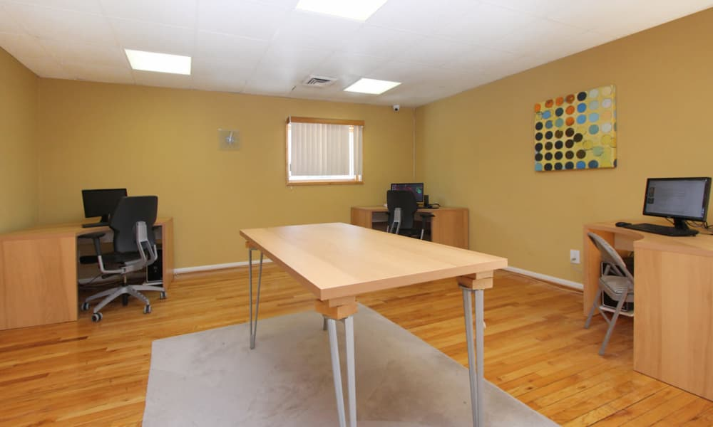 Business center at Lighthouse at Twin Lakes Apartment Homes in Beltsville, MD