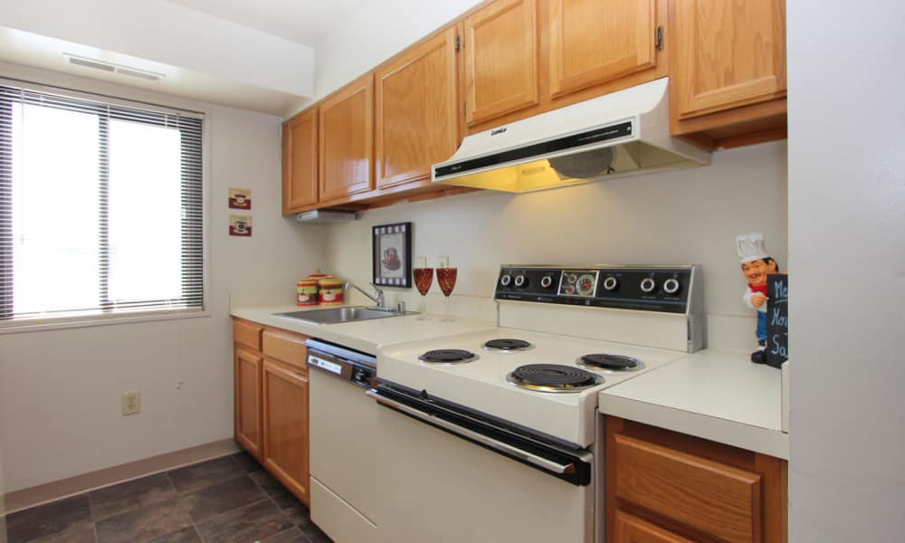 Kitchen at Villages at Montpelier Apartment Homes in Laurel, MD