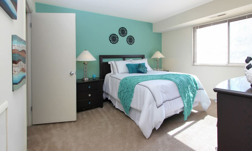 Villages at Montpelier Apartment Homes offers a bedroom in Laurel, MD