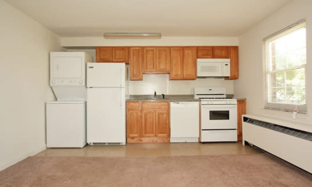 Our apartments in Springfield, NJ offer a fully equipped kitchen