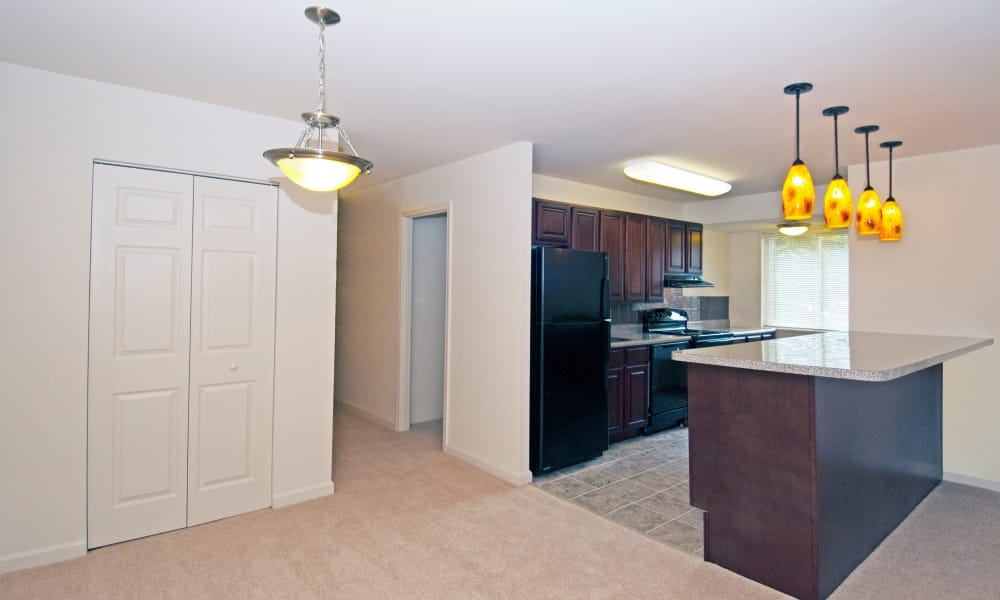 Large kitchen at Stoneridge at Mark Center Apartment Homes