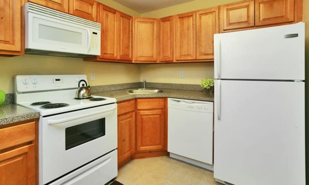 Lumberton Apartment Homes offers a kitchen in Lumberton, NJ