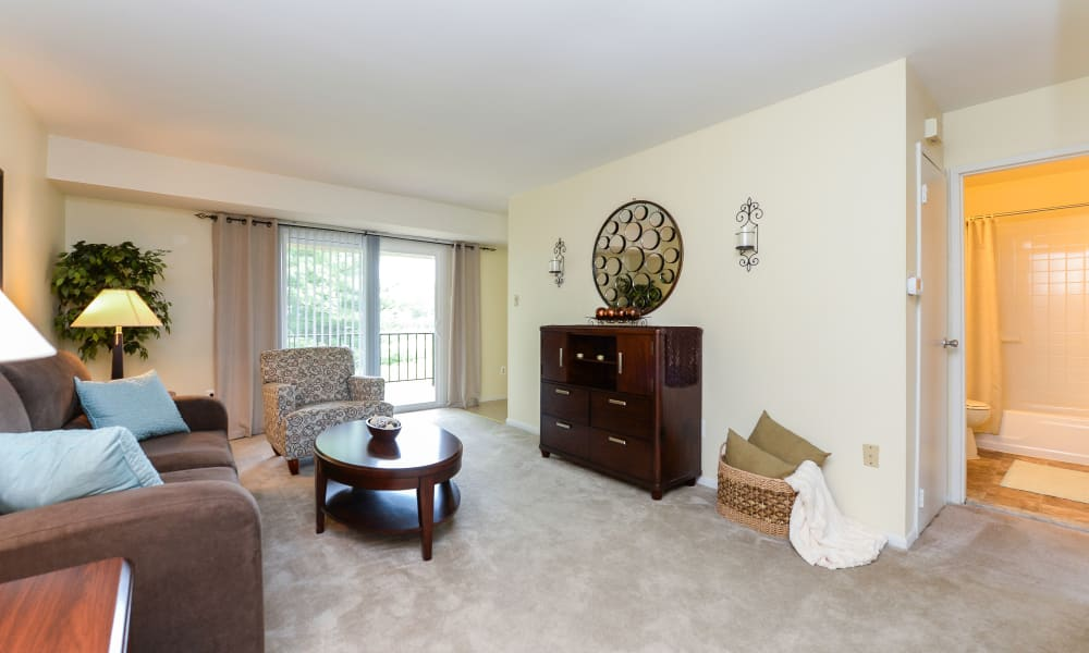 Luxury living room at Lumberton Apartment Homes in Lumberton, NJ