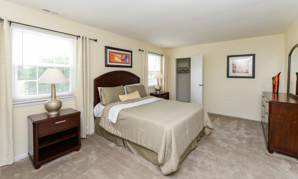 Lumberton Apartment Homes offers a beautiful bedroom in Lumberton, NJ