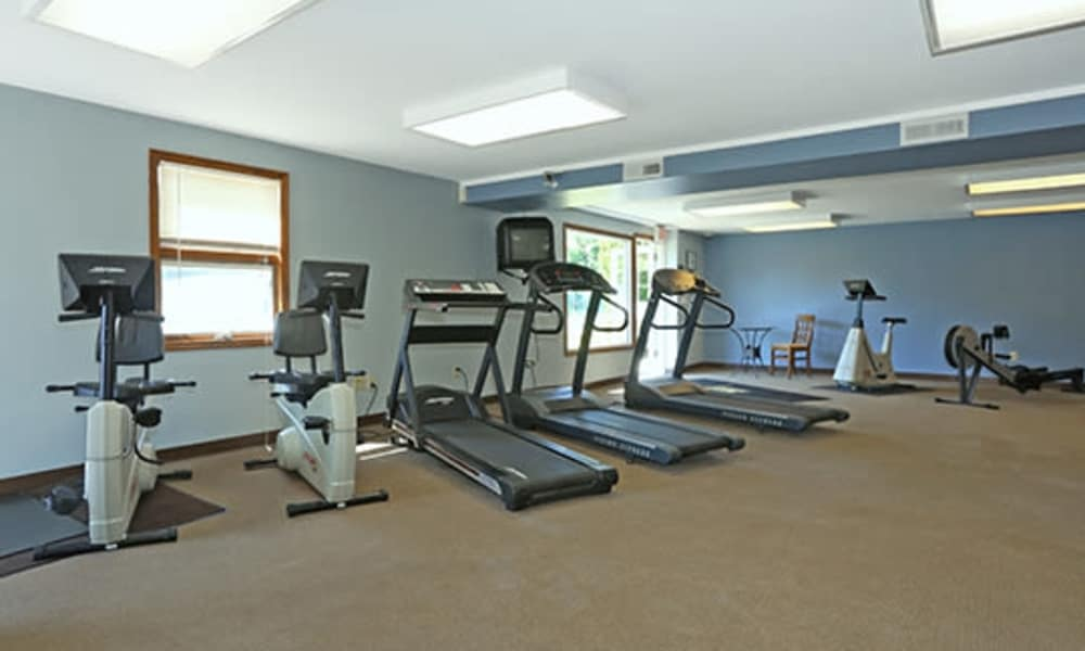 Beautiful fitness center at Imperial Gardens Apartment Homes in Middletown, NY