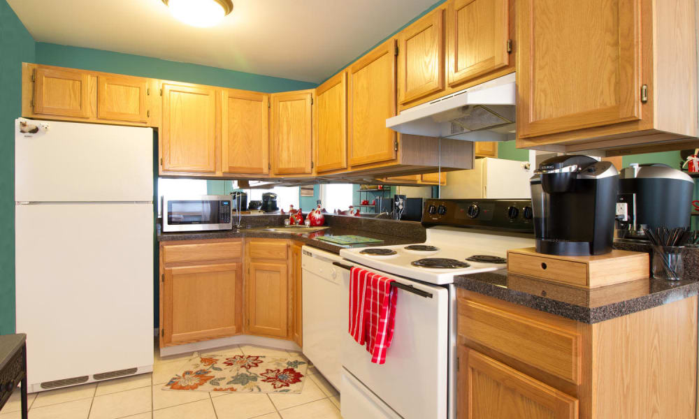 Imperial Gardens Apartment Homes offers a kitchen in Middletown, New York