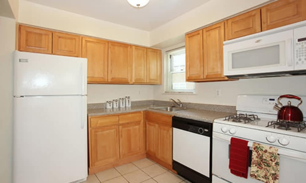 Our apartments in Mt. Arlington, NJ offer a fully equipped kitchen