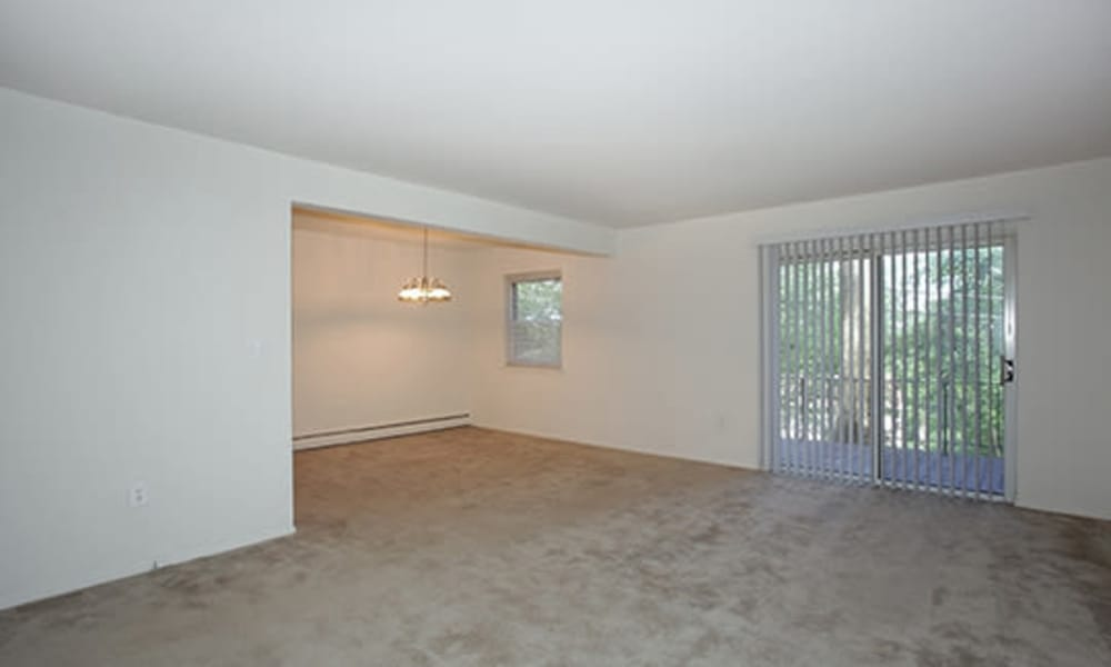 Mt. Arlington Gardens Apartment Homes offers a naturally well-lit living room in Mt. Arlington, NJ