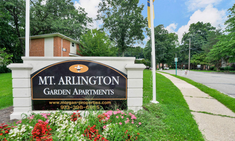 Entrance monument at Mt. Arlington Gardens Apartment Homes in Mt. Arlington, NJ