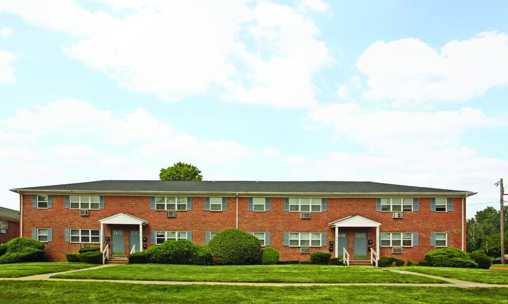 Beautiful exterior view of Glen Ellen Apartment Homes in Long Branch, NJ