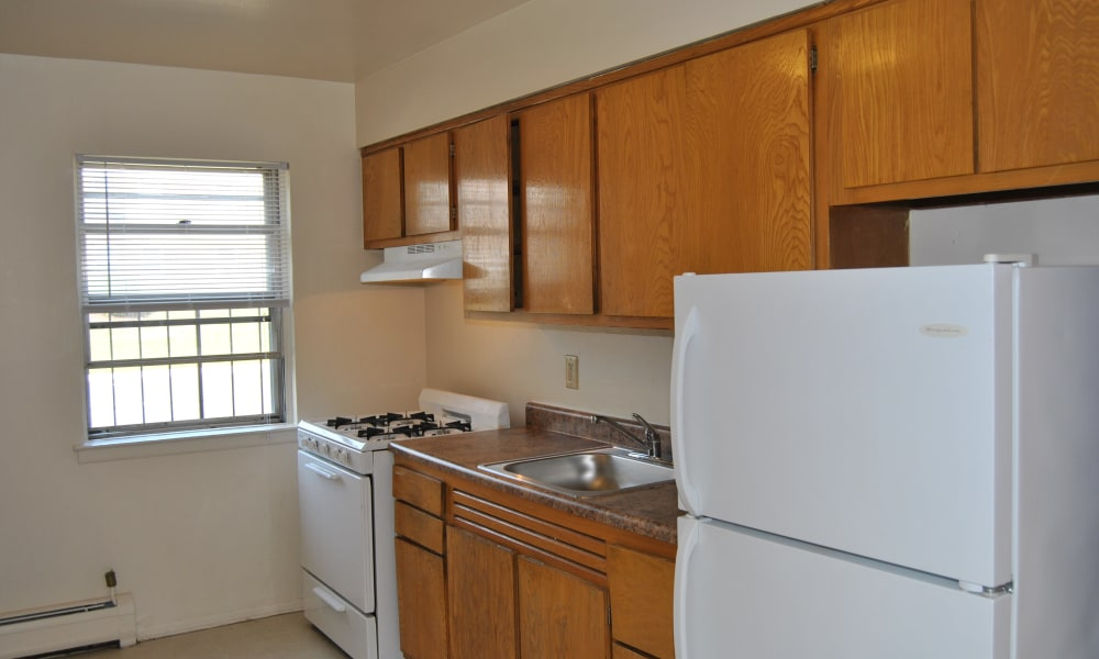 Our apartments in South River, NJ offer a kitchen