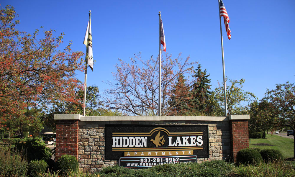 Entrance signage at Hidden Lakes Apartment Homes in Miamisburg, Ohio