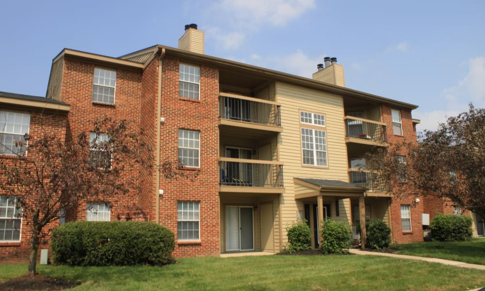 Terrific exterior view of units at Hidden Lakes Apartment Homes in Miamisburg, Ohio