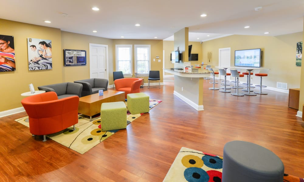 Kingswood Apartments & Townhomes offers a luxury clubhouse in King of Prussia, Pennsylvania