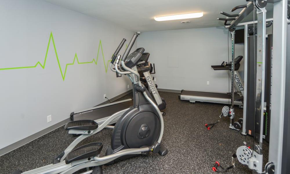 Oxford Manor Apartments & Townhomes offers a fitness center in Mechanicsburg, PA