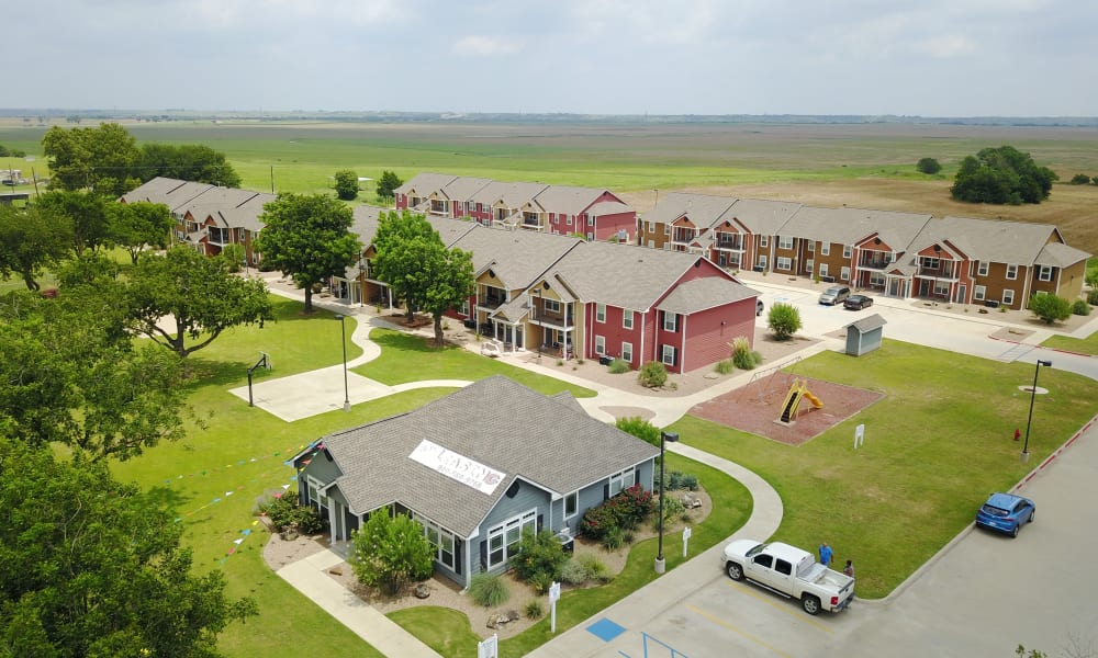 Aerial view of The Reserves at Saddlebrook community