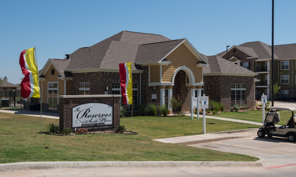 Exterior view of clubhouse at The Reserves at South Plains