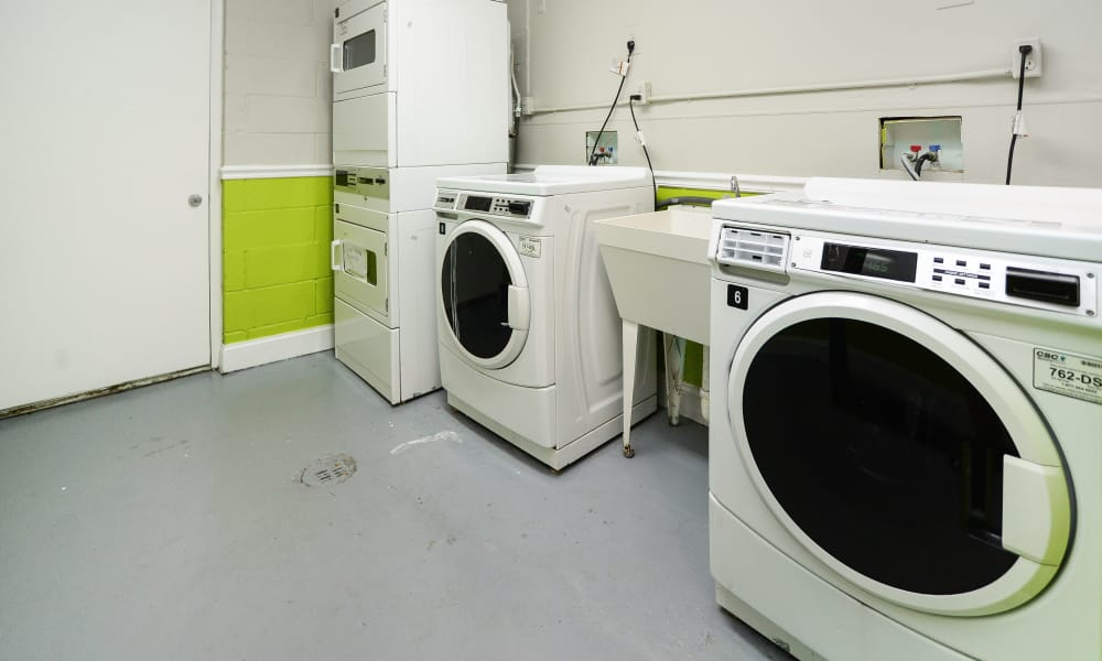Cedar Creek Apartment Homes offers a laundry facility in Glen Burnie, MD