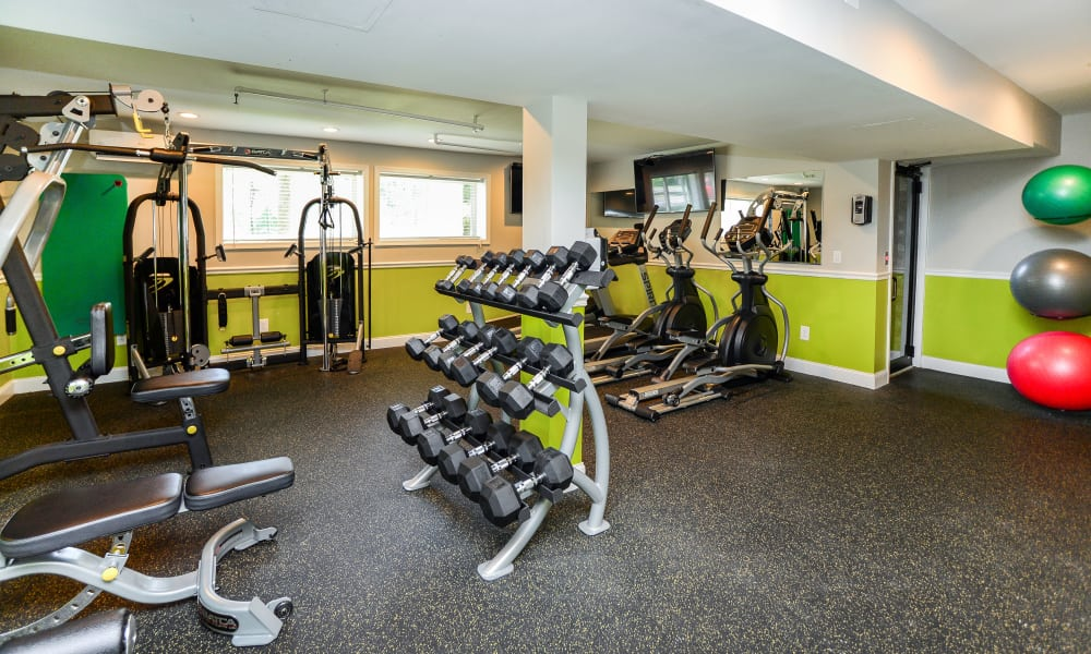 Cedar Creek Apartment Homes offers a fitness center in Glen Burnie, MD