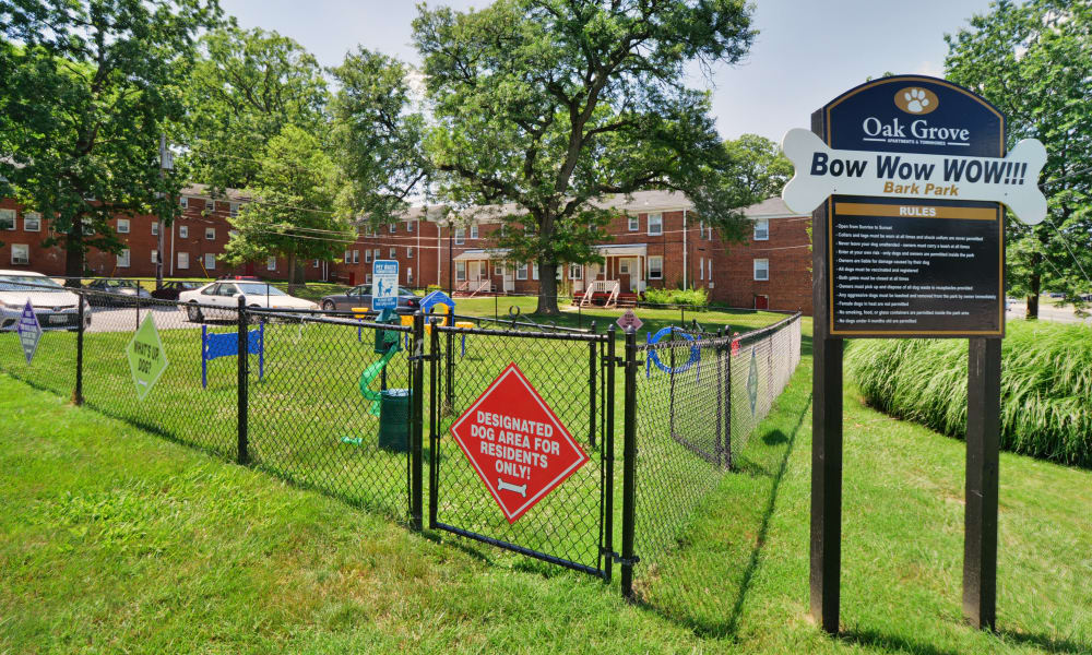 Oak Grove Apartments & Townhomes offers a dog park in Middle River, MD