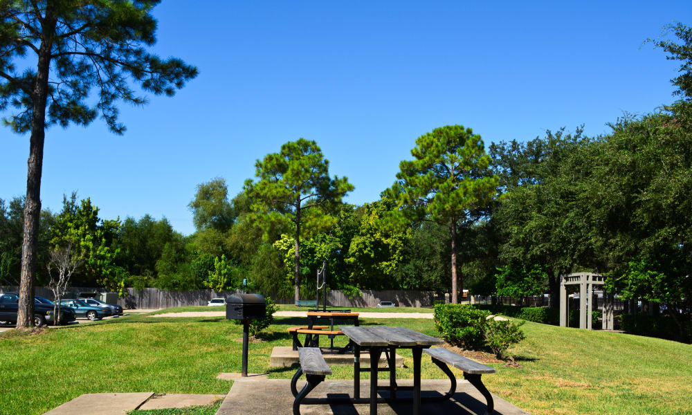 Picnic area at The Abbey At Enclave