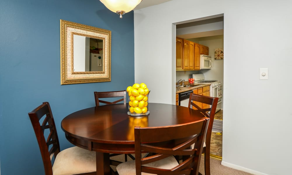 Dining room at Ross Ridge Apartment Homes in Baltimore, MD