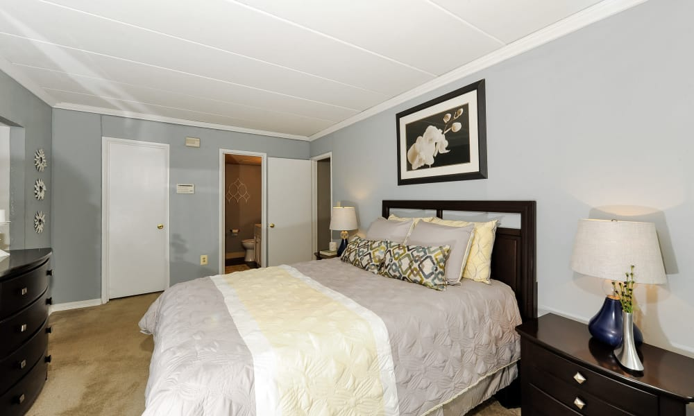 The Reserve at Greenspring has beautiful bedrooms awaiting your decorative touch in Baltimore, MD
