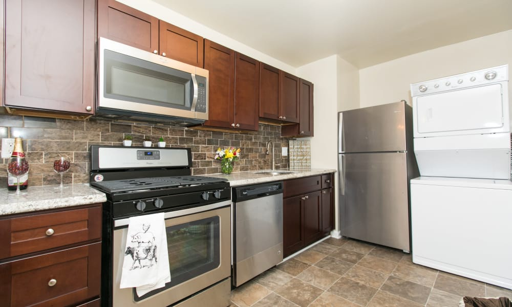 Enjoy apartments with a spacious kitchen at Quail Hollow Apartment Homes