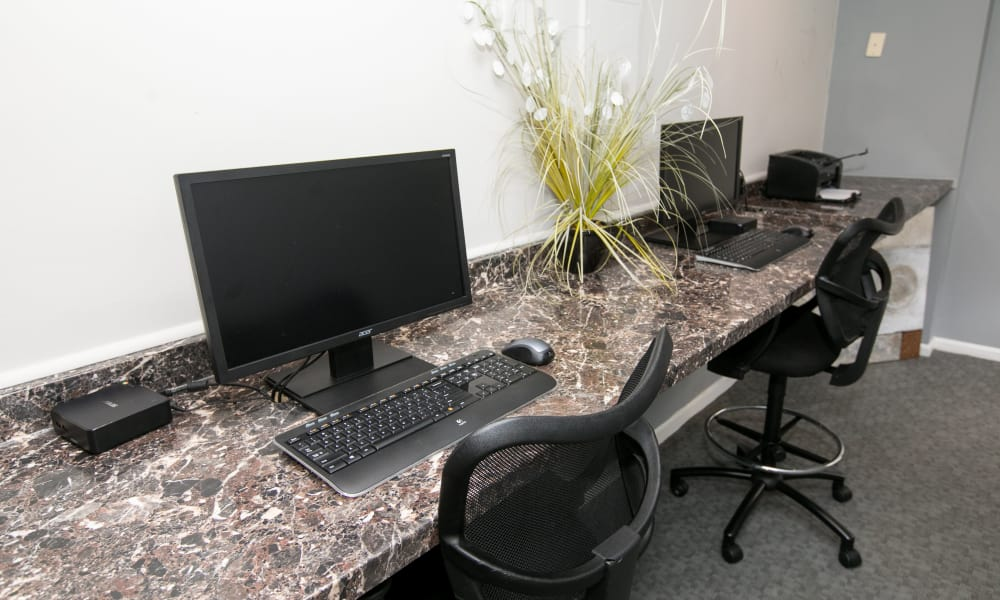 Enjoy apartments with a modern computer lab at Quail Hollow Apartment Homes